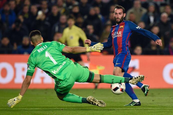 Los azulgranas golearon 5-2 a la Real Sociedad y el Barça consiguió su p...