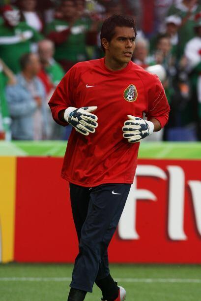 Oswaldo Sánchez (2006) El mejor portero de esa época que después de dos...