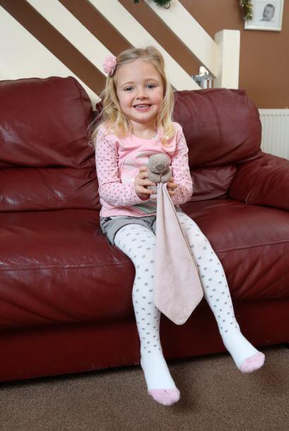 Daisy Jewkes de cuatro años estaba muy angustiada con la situaci&...