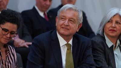 """México tendrá dos salarios mínimos a partir de 2019 y anuncia aumentos """"históricos"""""""