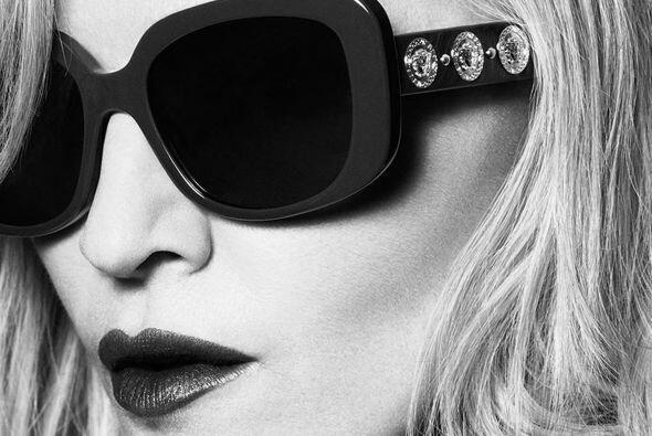 """La """"Reina del Pop"""" parece que se quitó como 20 años de encima en la nuev..."""