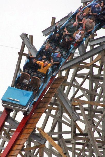 """En el 2011 se reabrió el """"Texas Giant"""" en Six Flags, así que no estaría..."""