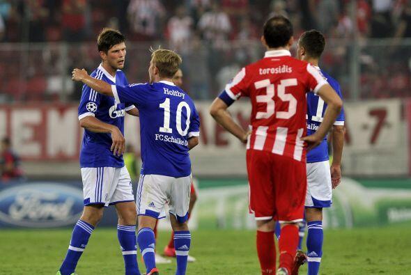 Los goles de Benedikt Höwedes y Klaas-Jan Huntelaar valieron para que el...