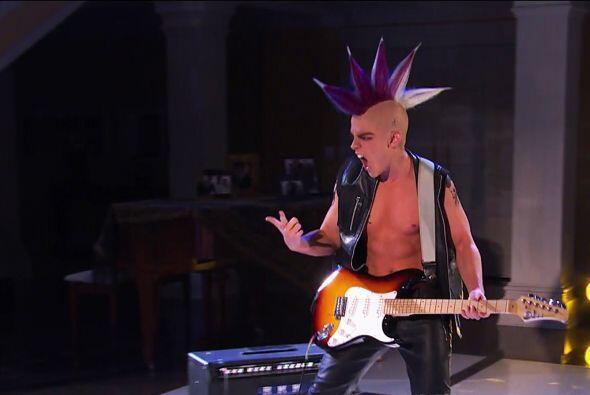 """La tropa """"Lascurain"""" se imaginó que """"Nando"""" se había transformado en 'punk'"""