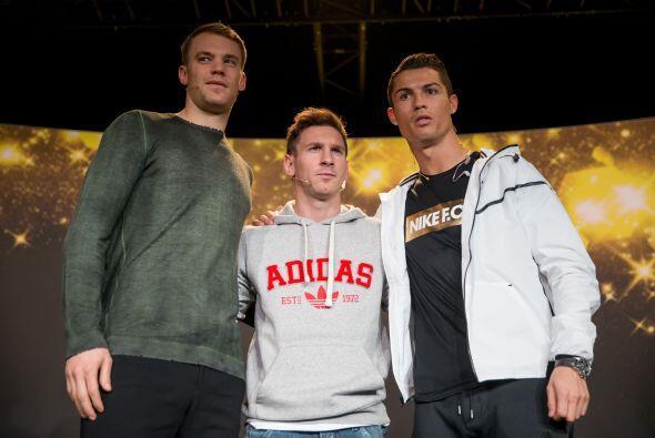 Manuel Neuer, Lionel Messi y Cristiano Ronaldo esperan ser el jugador qu...
