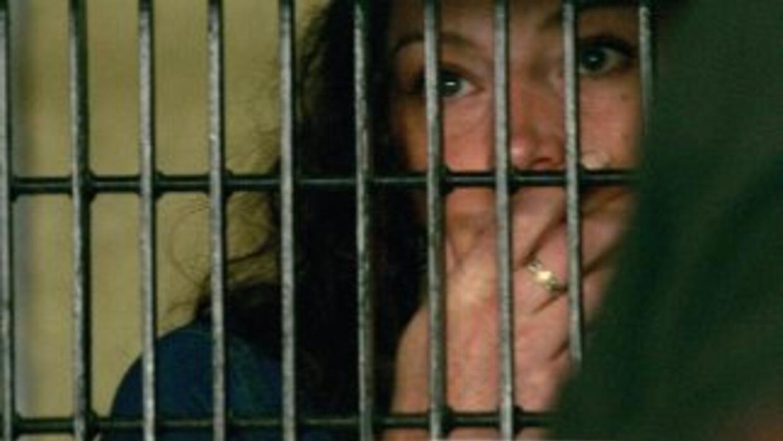 La francesa Florence Cassez, sentenciada a 60 años de cárcel por secuestro.