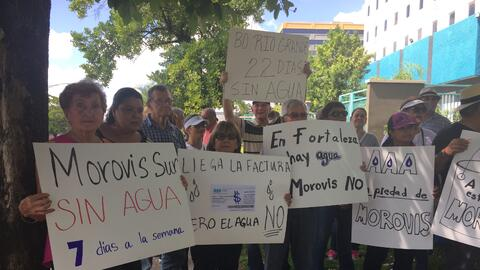 Vecinos de Morovis protestan por el deficiente servicio que les presta l...