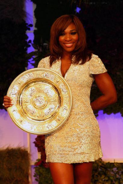 Serena Williams impactó con su nivel de juego y luego en el baile de los...