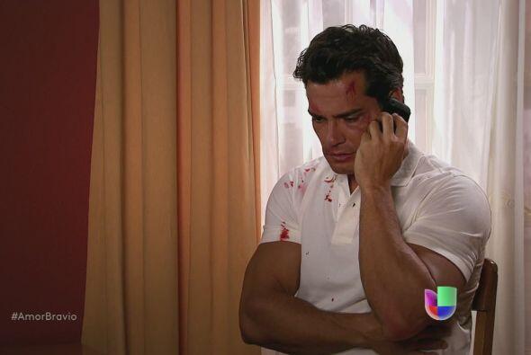 Daniel le dice a Rafa que Miriam no sabe lo que le ha sucedido, le expli...