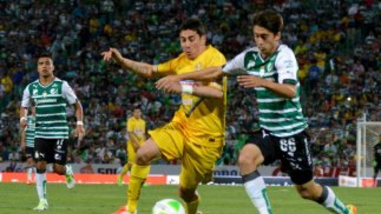 Oribe Peralta vuelve a su casa para medirse al Santos.