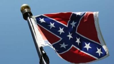 Crece la presión para eliminar banderas confederadas