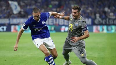 En fotos: el Porto rescató un empate en casa del Schalke 04 con la presencia de Herrera y 'Tecatito'