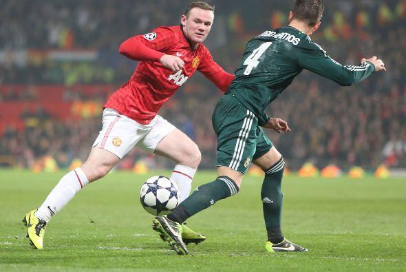 Rooney entró para buscar darle la vuelta al partido. Extrañó que no estu...