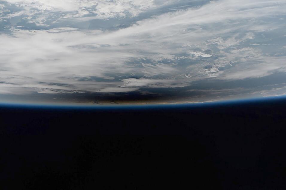 Foto del astronauta iitaliano Paolo Nespoli desde la estación esp...