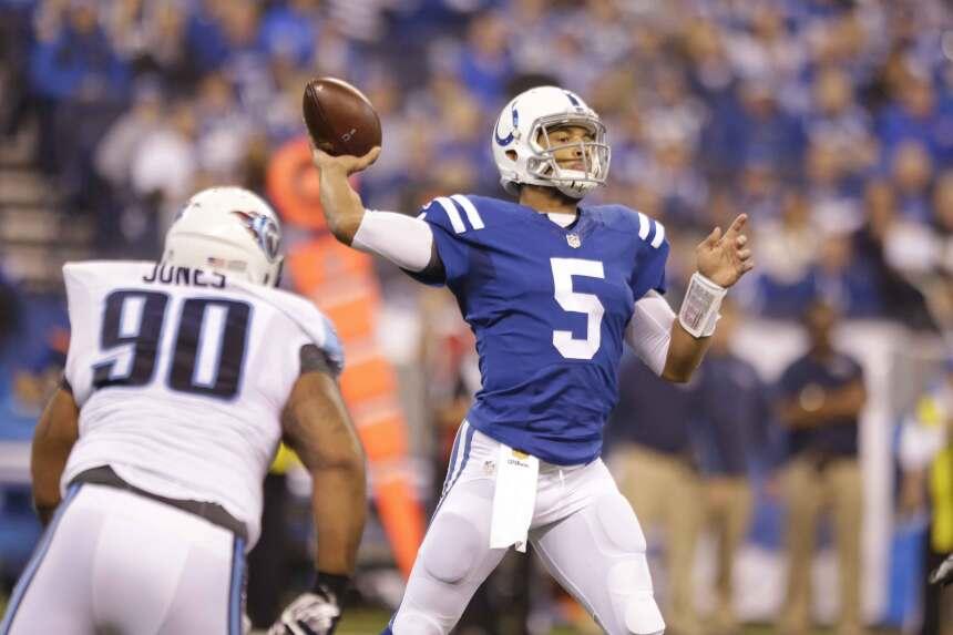 Josh Freeman fue el quarterback titular de los Colts que cerraron la tem...
