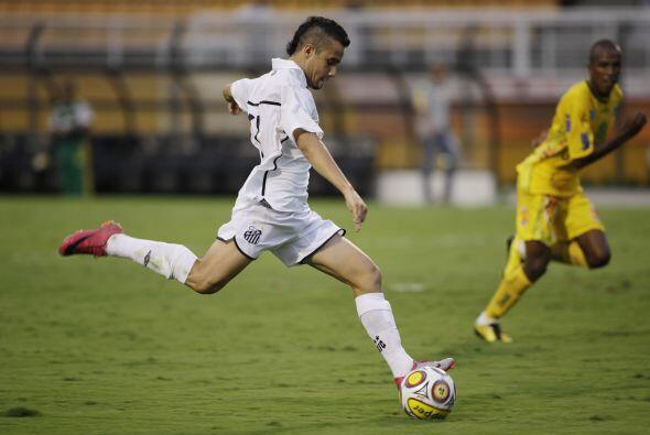 Y mientras Santos goleó, el Corinthians sin Ronaldo empató 1-1 con Braga...