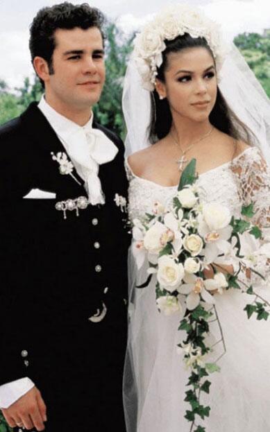 Bibi Gaytán y eduardo Capetillo boda
