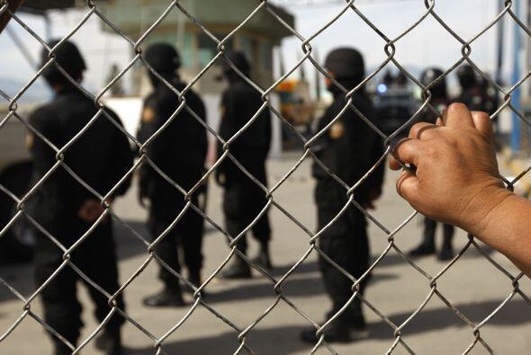19 de febrero. Un total de 44 reos del penal de Apodaca, Nuevo León, mur...