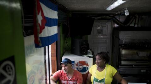 Por la Calle Ocho y sus comercios han pasado miles de cubanos que hicier...