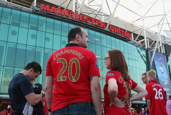 Primer duelo de la nueva campaña de la Liga Premier que recibía el estad...