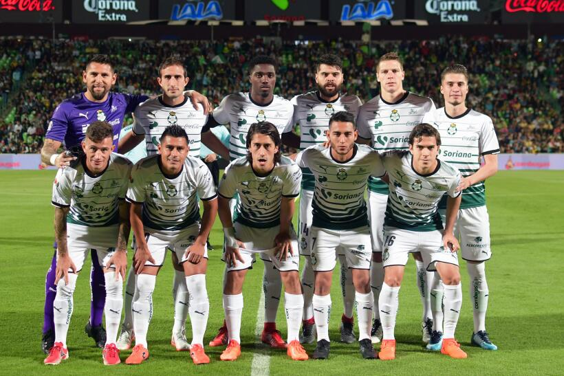 Con dedicatoria para Cruz Azul, América vence 1-0 a Santos 20171119-4448...