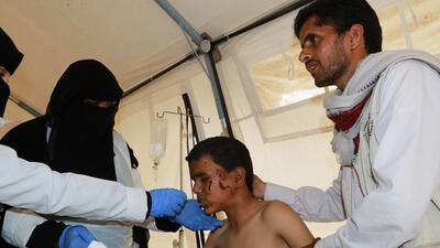 Las dramáticas imágenes de un ataque contra un autobús escolar en Yemen que deja decenas de niños muertos