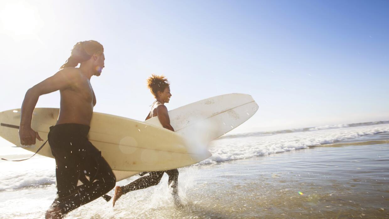 Te proponemos siete buenas películas donde el 'surf' es protagonista.