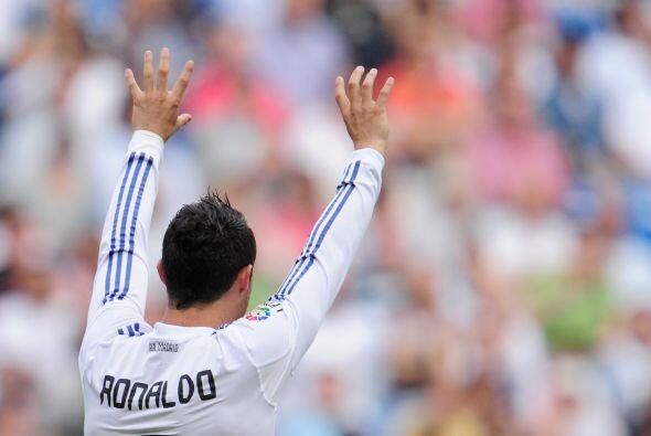 Cristiano Ronaldo volvió a celebrar dos veces con su gesto de siempre. T...