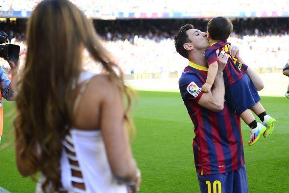 A lo mejor entrena con el futbolista.Mira aquí los videos más chismosos.