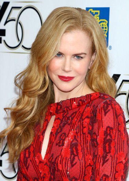Otra celebridad que siempre roba cámara con su sensual boquita es Nicole...