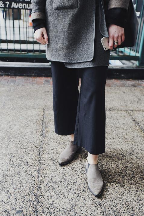 No solo con pantalones pitillo va bien esta tendencia, a los pantalones...