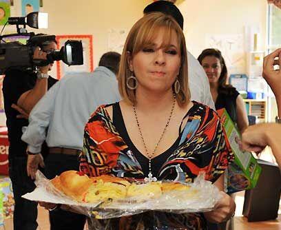 ¿Y yo por qué? Al final, a Ana María Canseco le enjaretaron una rosca de...