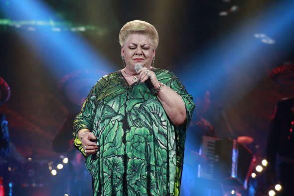 """Paquita la del Barrio interpretó un medley, incluyendo su hit """"Rata de d..."""