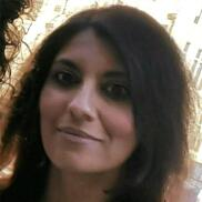 María R. González