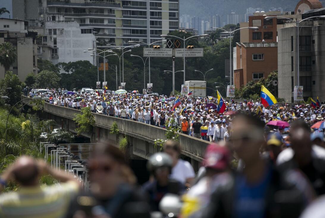 Así fue la marcha que realizaron las mujeres en Caracas para exigir el r...