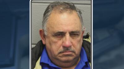 Detienen a un anciano por vender un kilo de heroína a oficiales encubiertos