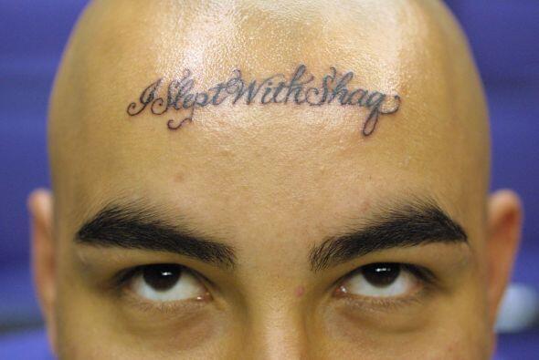 "Un fan de Shaquille O''Neal atrevió a tatuarse ""Me acosté con Shaq 'en l..."