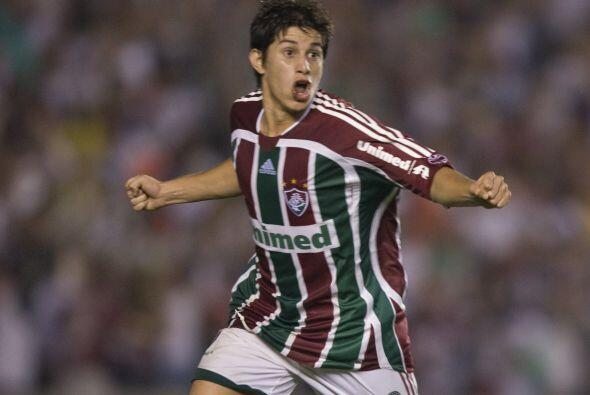 La nueva estrella en el Brasileirao es argentino y los hinchas del Flumi...