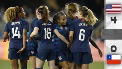 Team USA golea 4-0 a Chile femenil con Lloyd en plan estelar