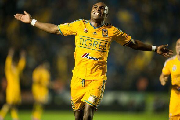 Con un gol de cabeza de Joffre Guerrón, los Tigres superaron por la míni...