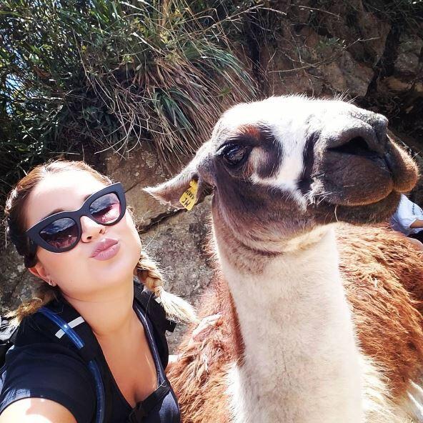 La animadora de Una Buena Tarde aprovechó sus vacaciones y se fue con to...