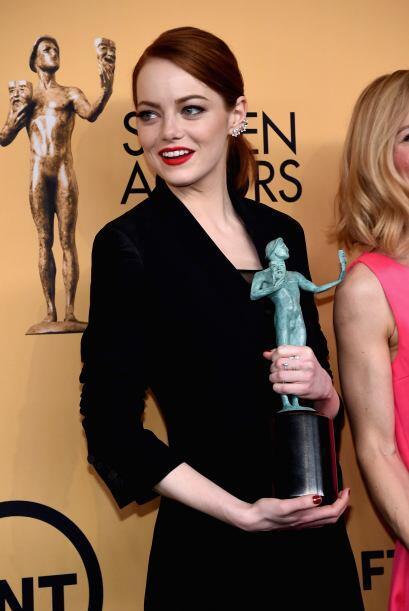 Emma Stone, feliz en la sala de prensa.