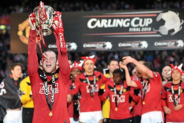 Pero el Manchester United no se quedó con las manos vacías, al mantener...