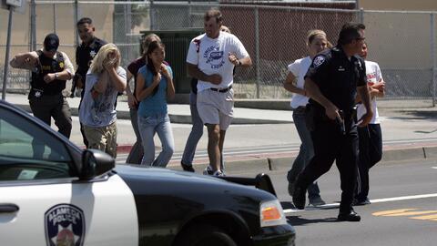 Un simulacro de tiroteo en una escuela de Alameda, California, en 2007.