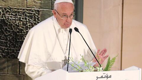 El Papa Francisco rechazó la violencia en nombre de Dios o de la religió...