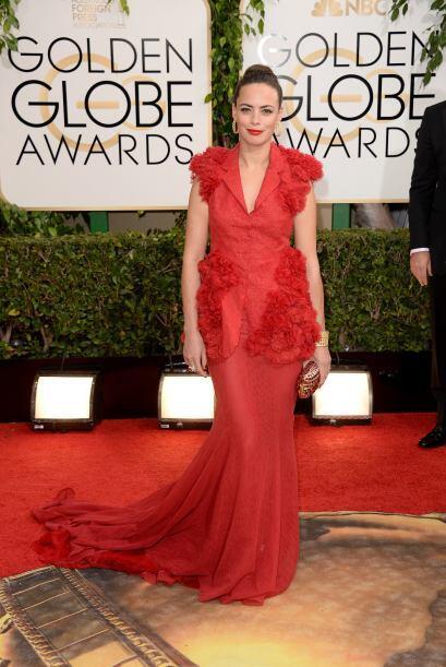 Finalmente tenemos a Berenice Bejo, cuyo atuendo tenía tantos detalles,...