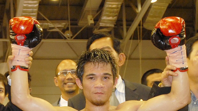 Srisaket Rungvisai derrotó por nocaut técnico en cuatro asaltos al mexi...
