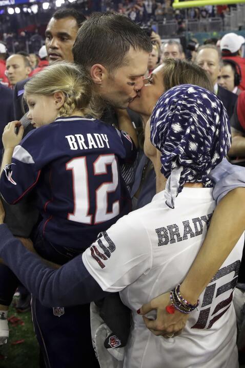 El quarterback de los New England Patriots ganó su quinto Vince Lombardi.