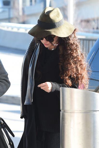 La cantante fue captada en el aeropuerto JFK, pero parecía que no quería...