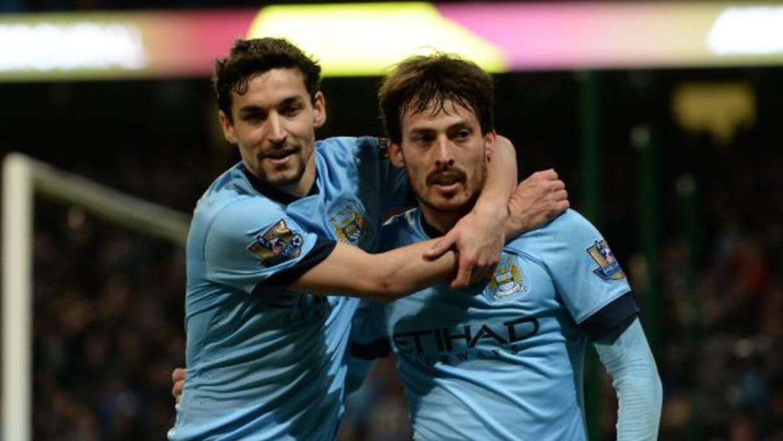 Manchester City llegó a 58 puntos y están a cinco del Chelsea.